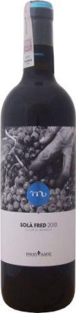 Wino czerwone z odmiany Carignan