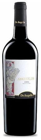 Wino czerwone z odmiany Montepulciano